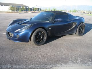 2005 Lotus Elise Base Convertible 2 - Door 1.  8l photo