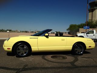 2002 Ford Thunderbird Premium Convertible Hardtop Chrome Wheels Yellow / Black photo