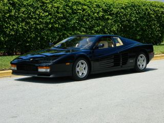 1990 Ferrari Testarossa Nero Black Crema Belts And Clutch Condition photo