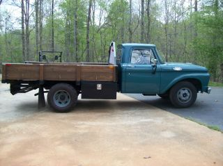 1963 Ford Ton Truck F - 350 photo