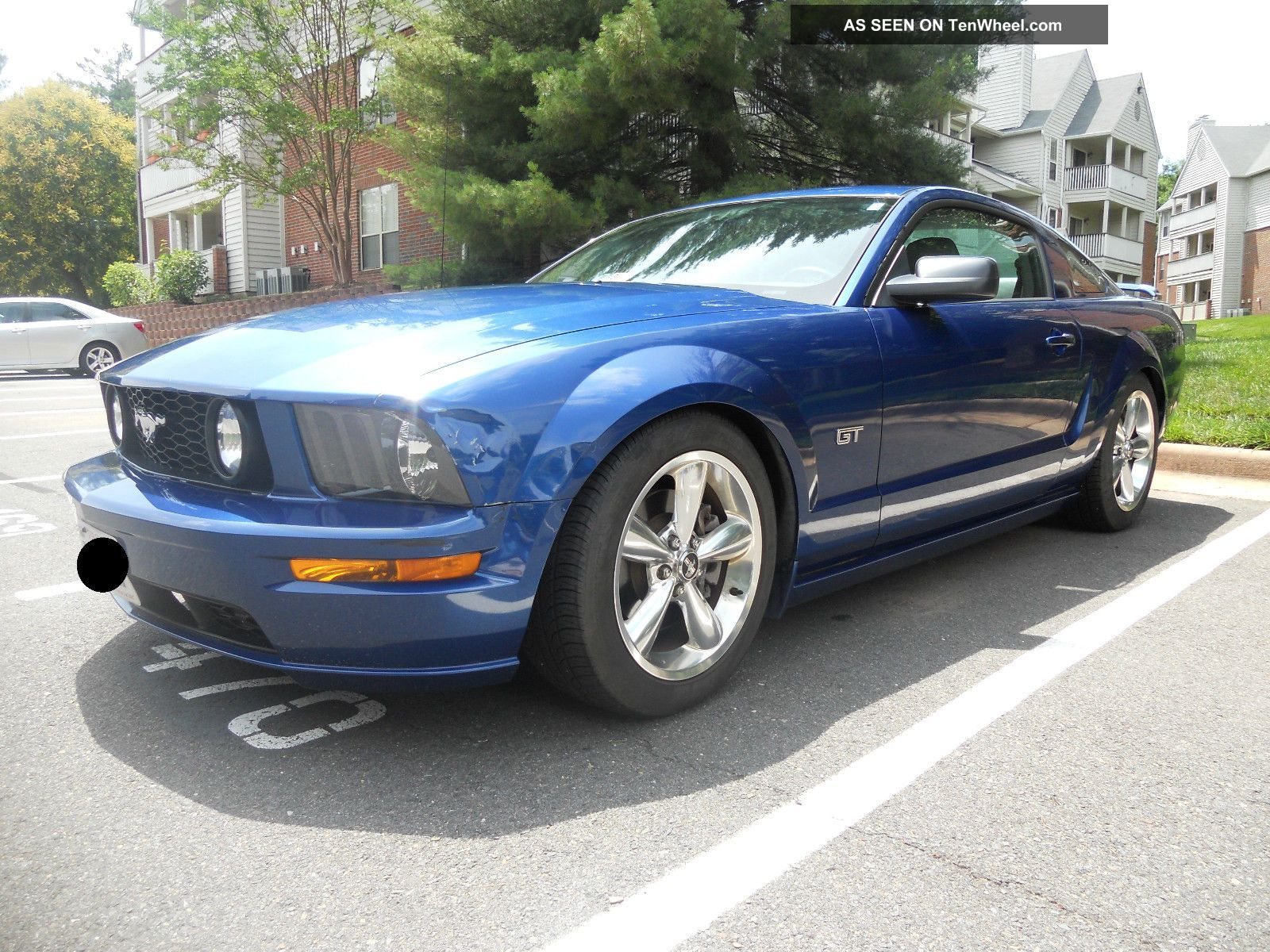 2006 ford mustang v8 premium gt coupe 42k lowered borla. Black Bedroom Furniture Sets. Home Design Ideas
