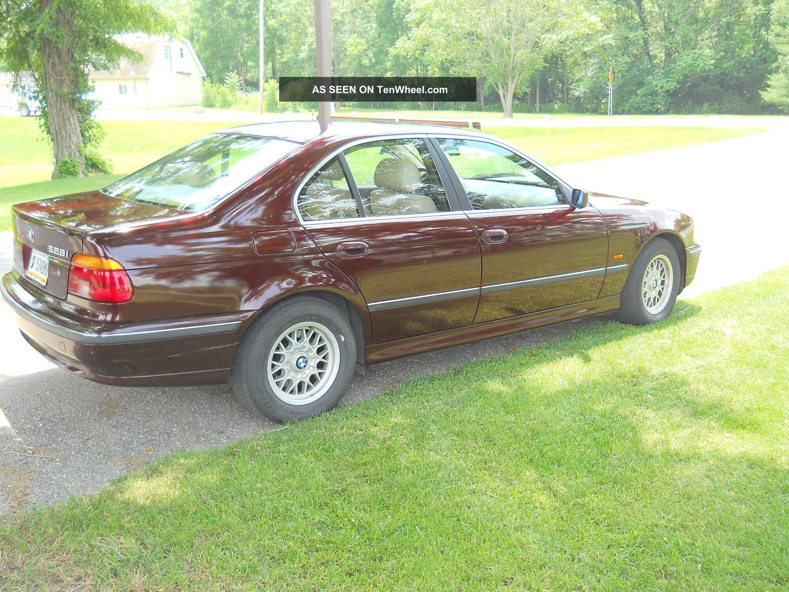 1997 Bmw 528i Excellent Condtion Maroon Exterior With Tan Interior 5-Series photo