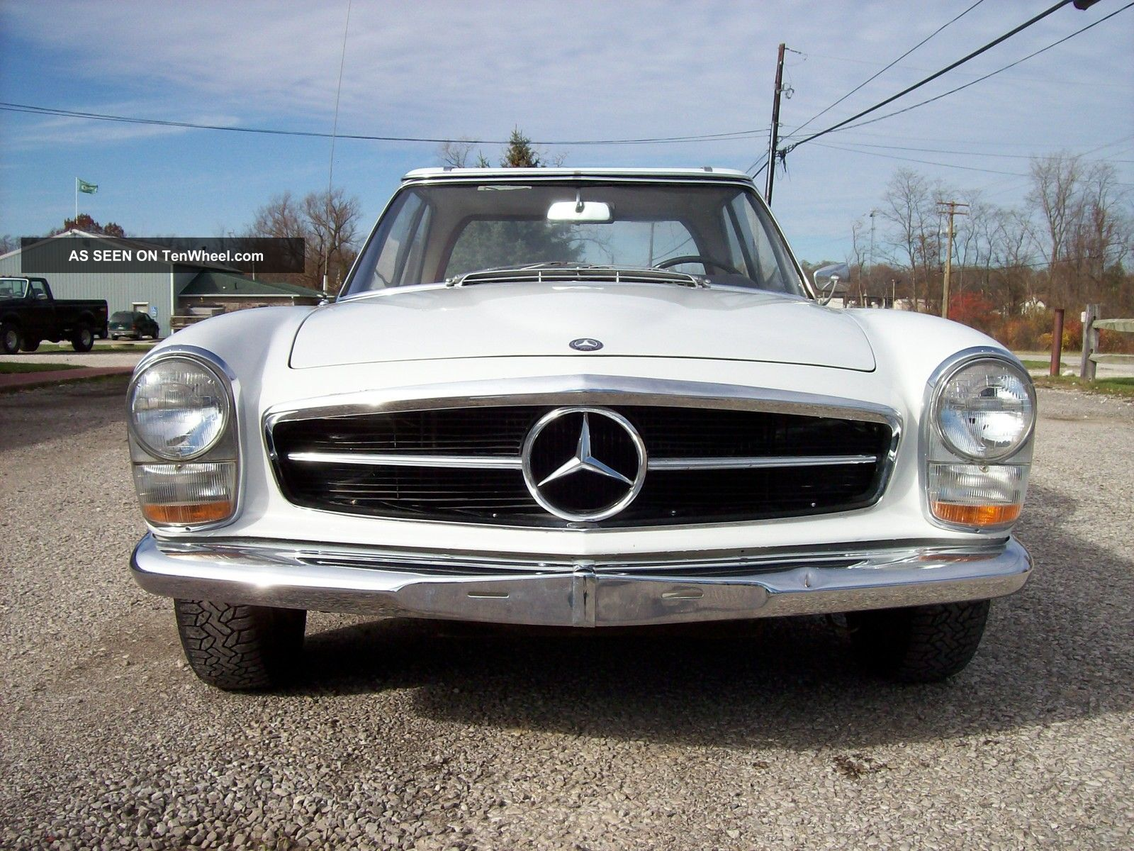 1966 mercedes benz 230sl four speed very for Mercedes benz 230sl