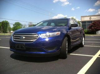 2013 Ford Taurus Se Sedan 4 - Door 3.  5l 10 11 12 14 photo
