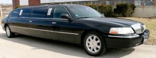 2006 Lincoln 8 Passenger Limo (100 Inch Krystal) photo
