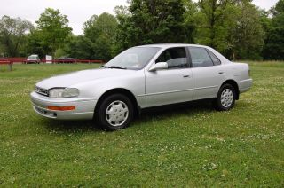 . .  Good Running 1992 Toyota Camry Le 4 Dr Sedan,  Body,  Interior photo