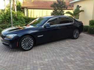 2011 750 Li Twin Turbo 4.  4.  L V8,  19  Bmw Sport Wheels,  Premium Sound Package photo