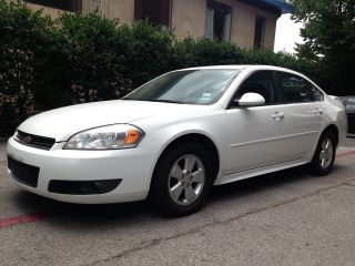 2010 Chevrolet Impala Lt Sedan 4 - Door 3.  5l photo