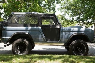 1973 Ford Bronco / Early Bronco With Upgrades photo