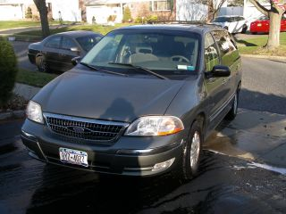 2000 Ford Windstar Se,  Nicely Loaded photo