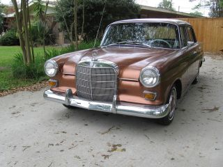 1966 Mercedes Benz 200d Sedan - 110 Body Diesel Fintail photo