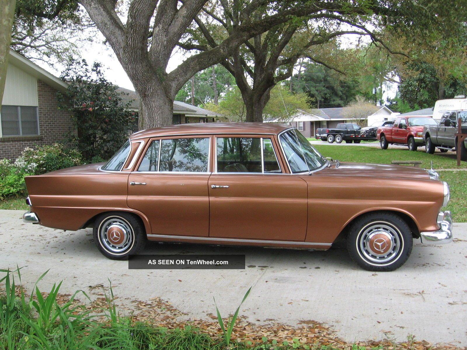 1966 mercedes benz 200d sedan 110 body diesel fintail. Black Bedroom Furniture Sets. Home Design Ideas