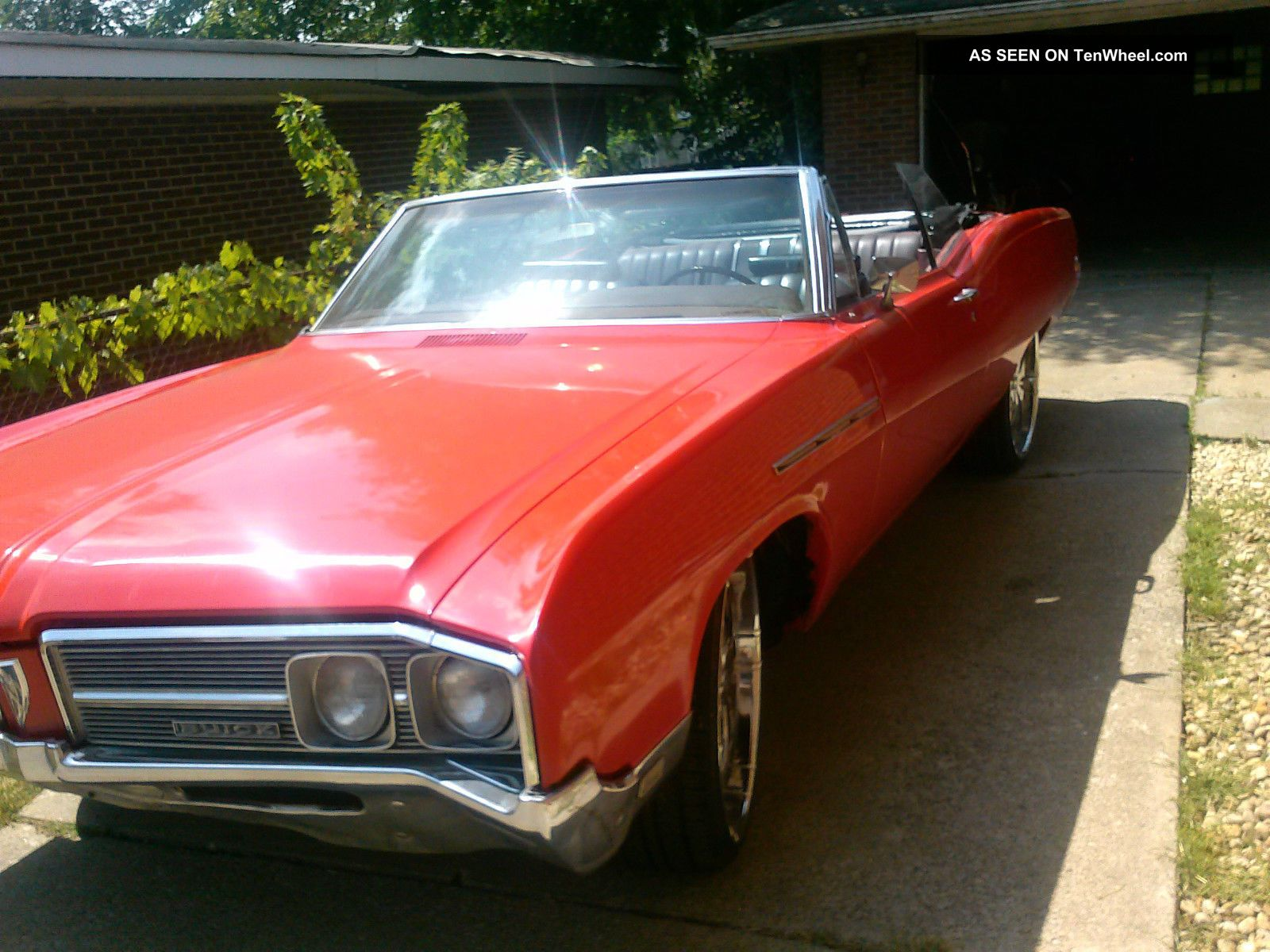1968 Buick Lesabre Convertible With Custom Wheels LeSabre photo