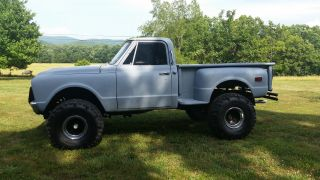 1969 Chevy 4x4 Pickup photo