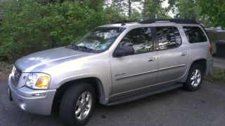 2006 Gmc Envoy Xl Slt Sport Utility 4x4 photo