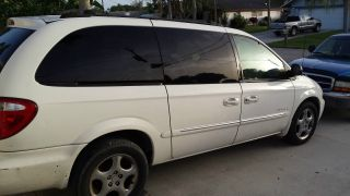 2001 Dodge Grand Caravan Es Mini Passenger Van 4 - Door 3.  8l photo