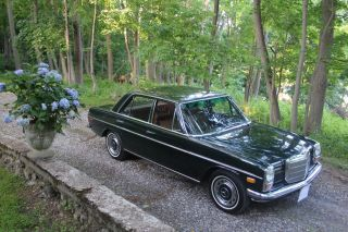 1970 Mercedes Benz 220 D Diesel Sedan photo