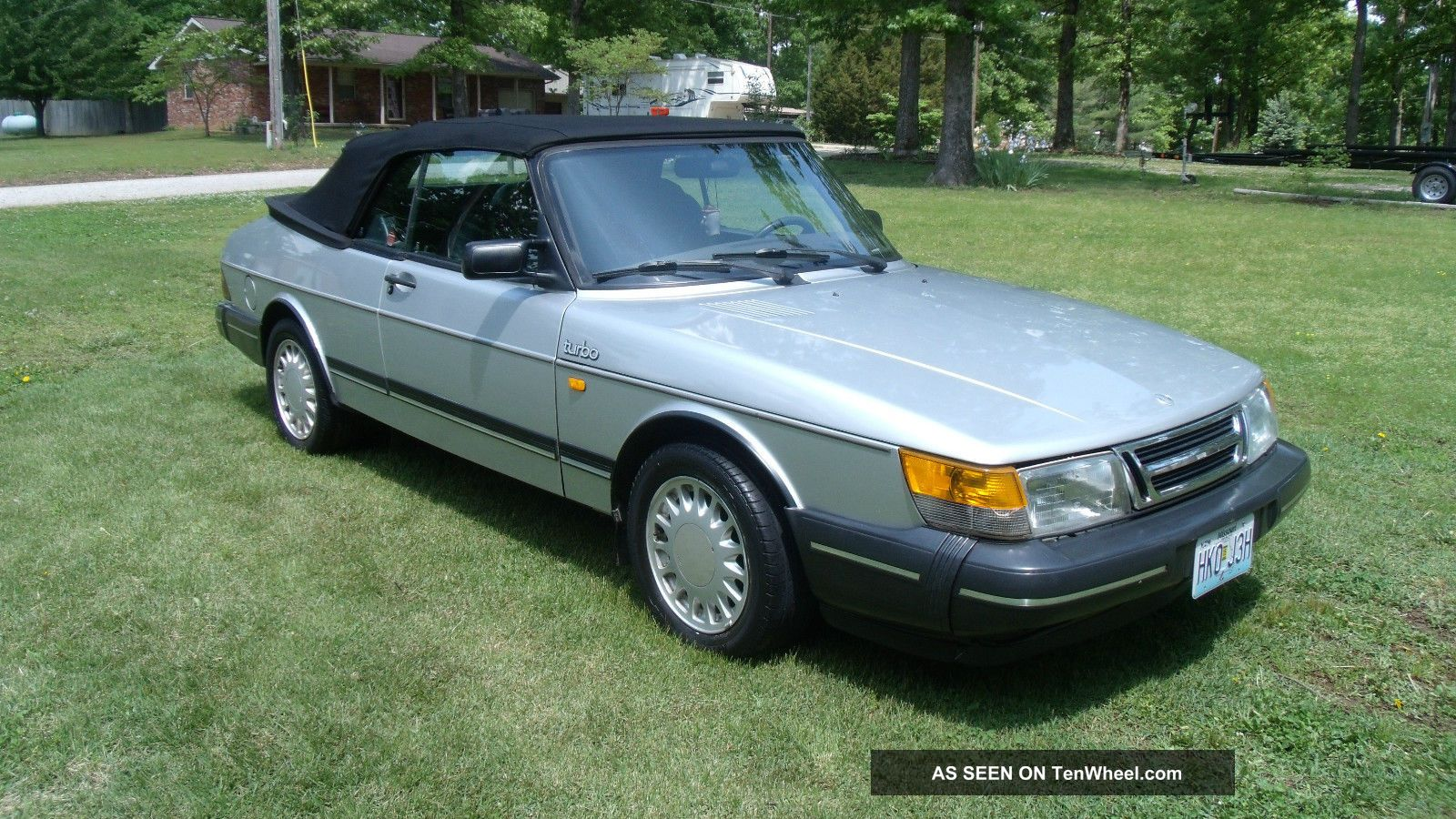 1987 Saab 900 Turbo 5 - Speed Convertible Power Top With Toneau Cover 900 photo