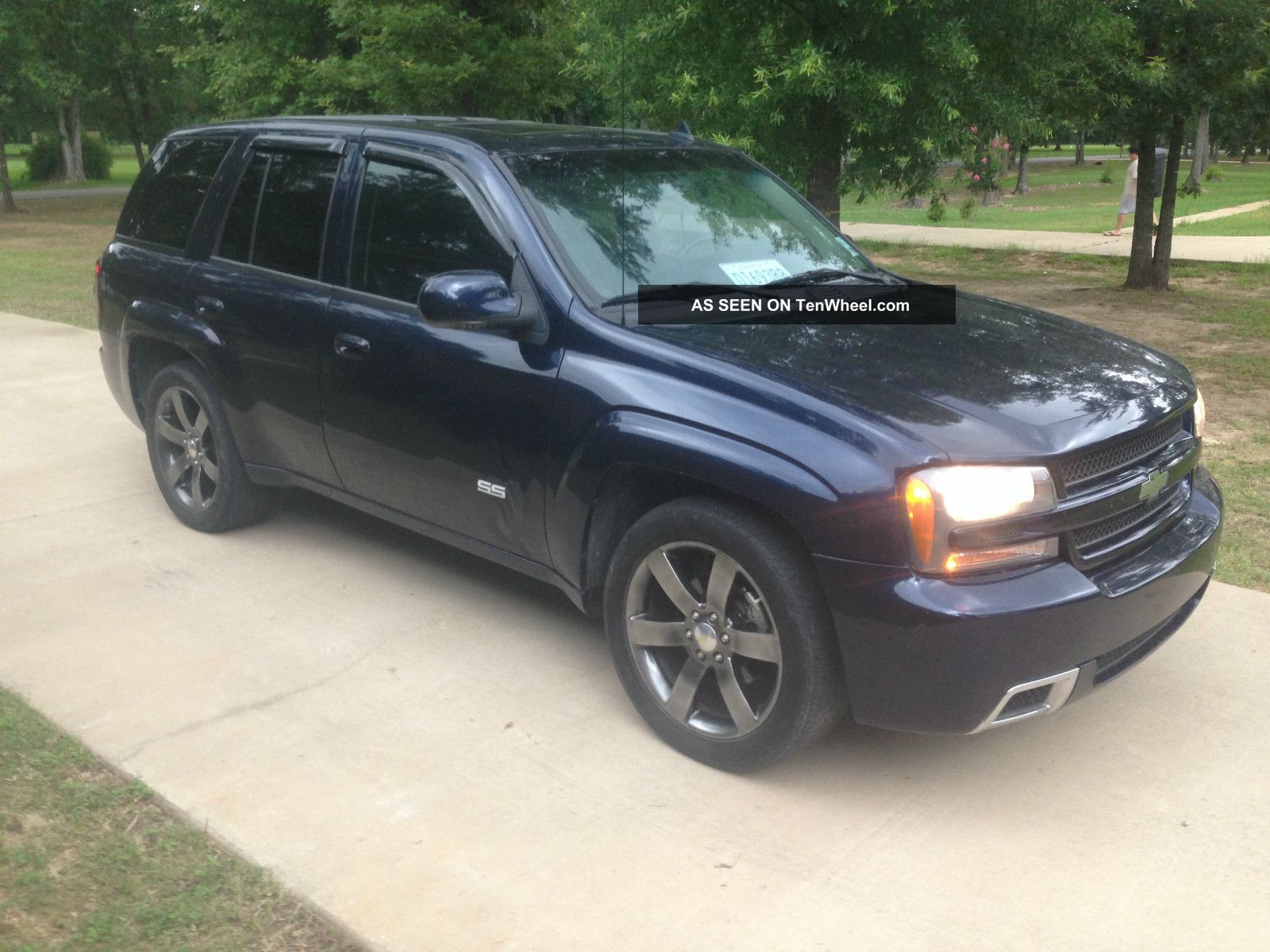 2008 chevrolet trailblazer ss with and ss. Black Bedroom Furniture Sets. Home Design Ideas