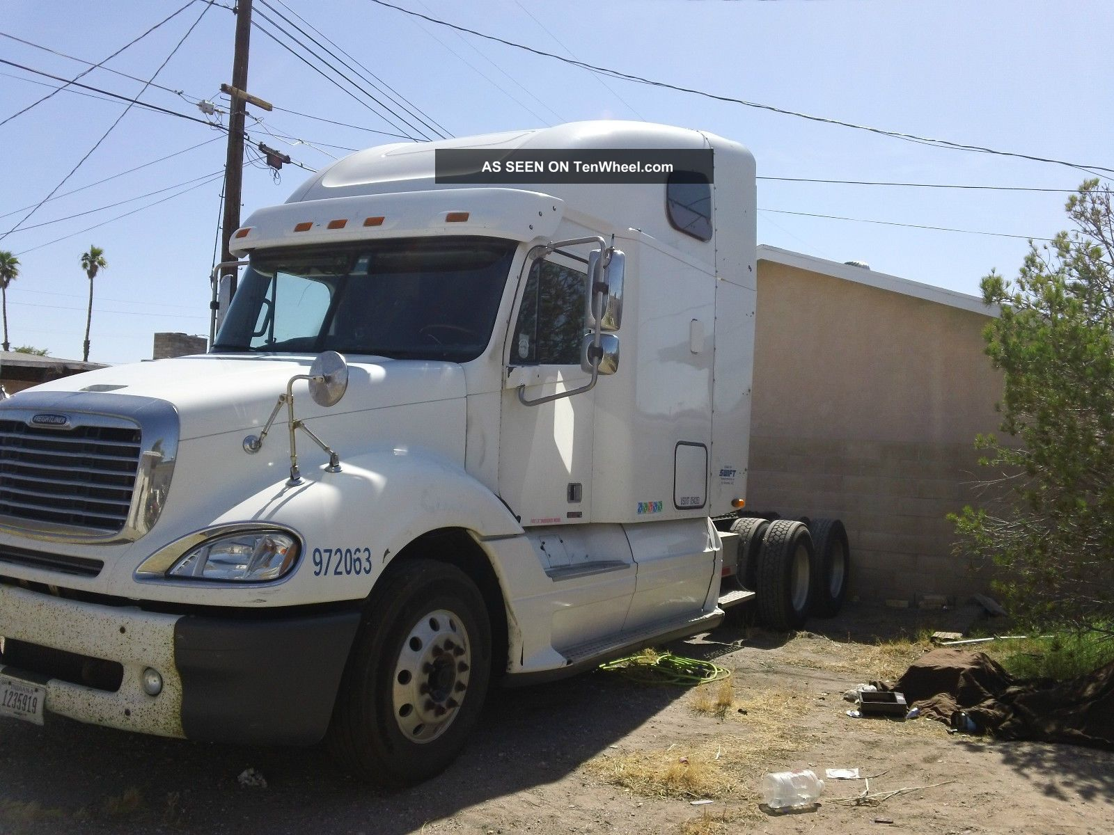2005 Freightliner Columbia Base 14 0l