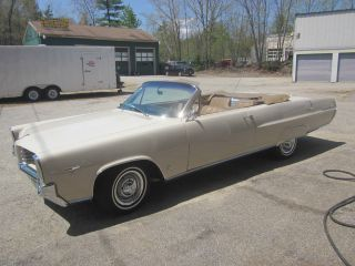1964 Pontiac Parisienne Convertible 409 / Auto - One Of One photo
