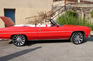 1976 Red Chevrolet Caprice,  22inch Crome Rims Cd / With Mobile Play Back Connectio photo