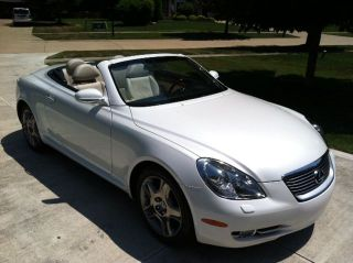 Lexus 2008 Sc430,  Convertible Hard Top. photo