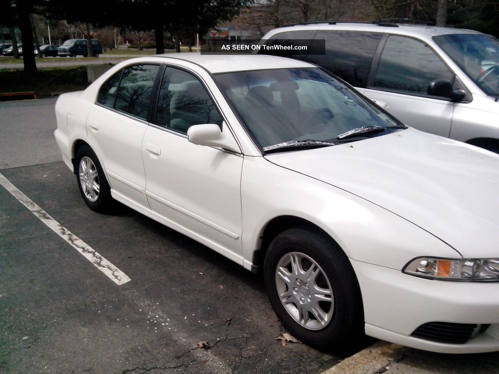 2002 Mitsubishi Galant Es Sedan 4 - Door 2.  4l Galant photo