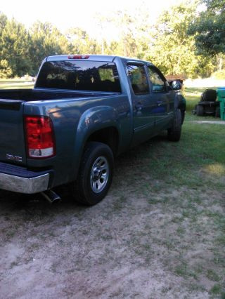 2009 Gmc Sierra 1500 Sl Crew Cab Pickup 4 - Door 4.  8l With On - Star photo