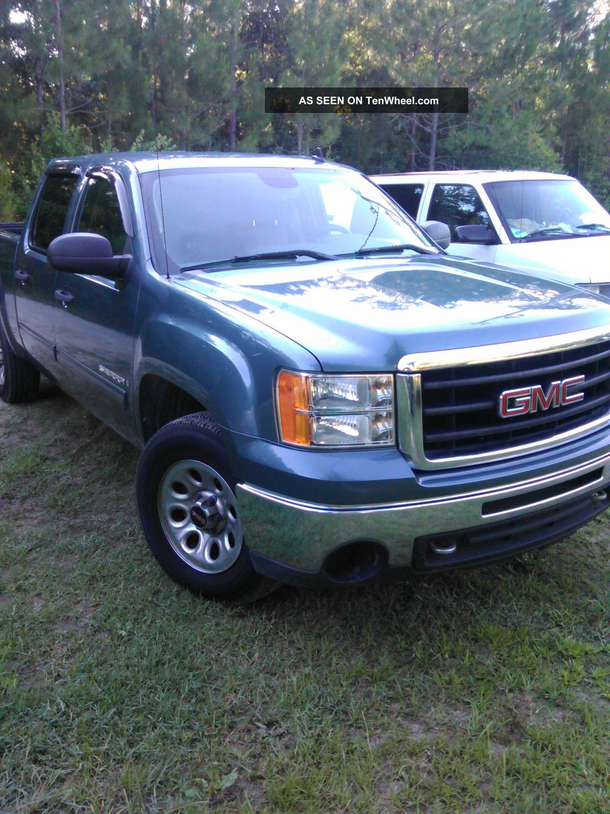 2009 gmc sierra 1500 sl crew cab pickup 4 door 4 8l with on star. Black Bedroom Furniture Sets. Home Design Ideas