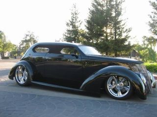 1937 Ford Oze photo