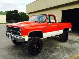 1984 Chevy Silverado K10 4x4 Lifted Street Rod Factory A / C photo