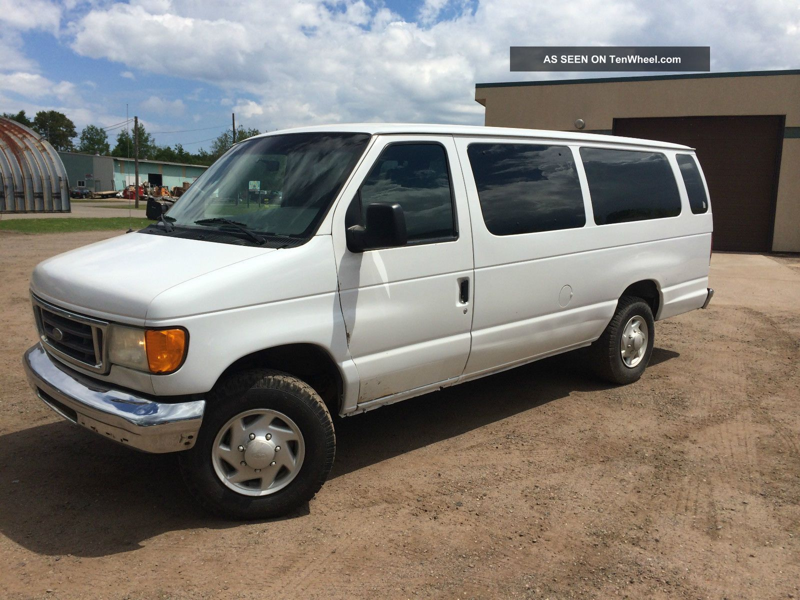 2004 ford e350 extended passenger van with 14 captains. Black Bedroom Furniture Sets. Home Design Ideas