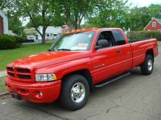 2001 Dodge Ram 2500 Extended Cab 4dr photo