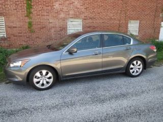 2009 Honda Accord Ex - L Sedan 4 - Door 2.  4l photo