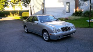Mercedes Benz E320 4matic 2000 photo