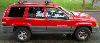 1996 Jeep Grand Cherokee Laredo Sport Utility 4 - Door 4.  0l photo