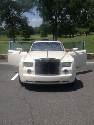 2005 Rolls Royce Phantom Base Sedan 4 - Door 6.  7l White Automatic photo