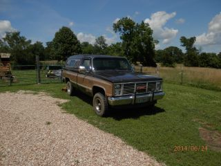 1986 Gmc K1500 Sierra Classic Standard Cab Pickup 2 - Door 5.  7l 4 X 4 photo