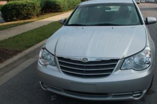 2008 Chrysler Sebring Touring Sedan 4 - Door 2.  7l photo