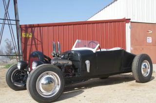 1927 Ford Roadster On 1928 Rails Traditional Hot Rod photo
