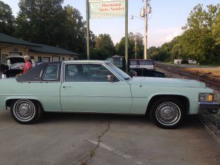 1978 Cadillac Deville Base Coupe 2 - Door 7.  0l photo