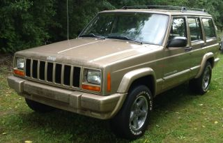 1999 Jeep Cherokee Classic Utility 4 - Door 4.  0l - photo