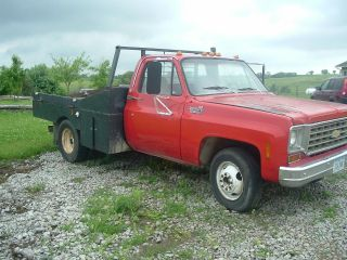 1975 Chevrolet 1 Ton Dually Camper Special photo