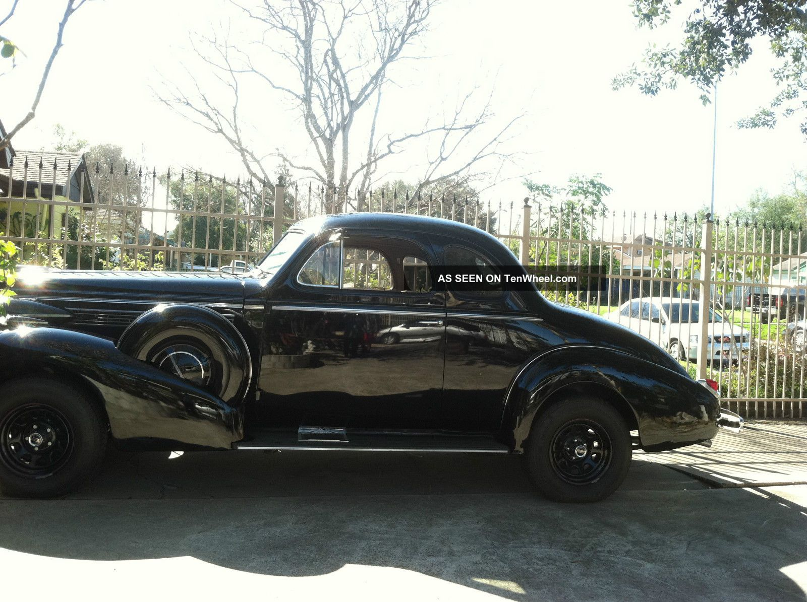 1938 buick coupe for 1938 oldsmobile 2 door sedan
