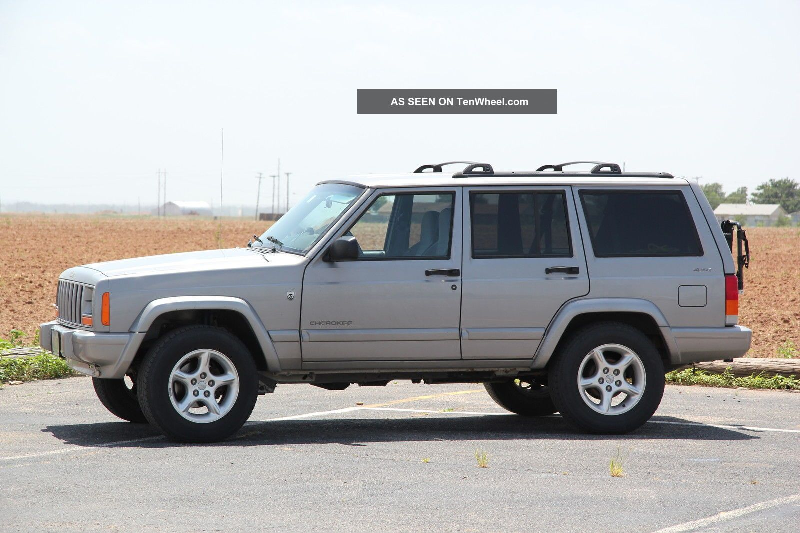 2001 Jeep Cherokee Xj - 60th Anniversary Edition Cherokee photo