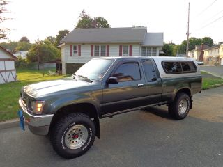1992 Toyota Pickup Dlx Extended Cab Pickup 2 - Door 3.  0l photo