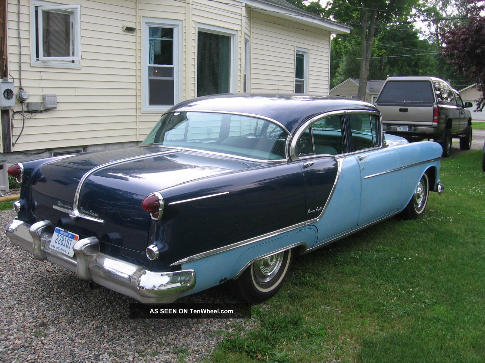 1954 Oldsmobile 98 4 Door V8 Auto