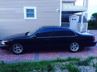 1996 Chevrolet Impala Ss V8 Full Power Fully Loaded photo