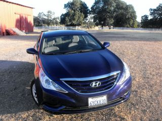 2013 Hyundai Sonata Gls Sedan 4 - Door 2.  4l photo